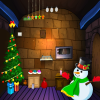 Tradition Christmas Home Escape